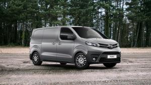 Uusi Toyota Proace 4x4
